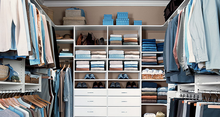 maximize bedroom closet space